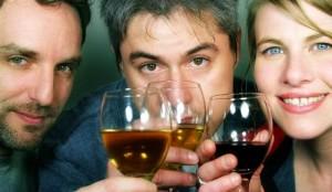 people-drinking-wine