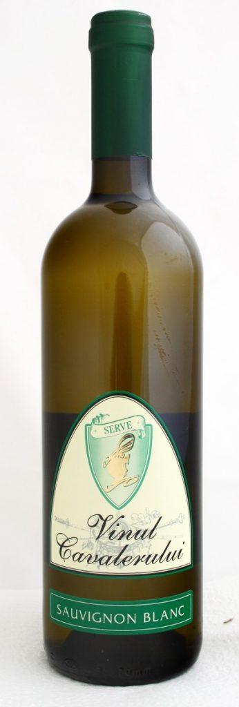 vinul-cavalerului-sauvignon-blanc-serve_mg_1593