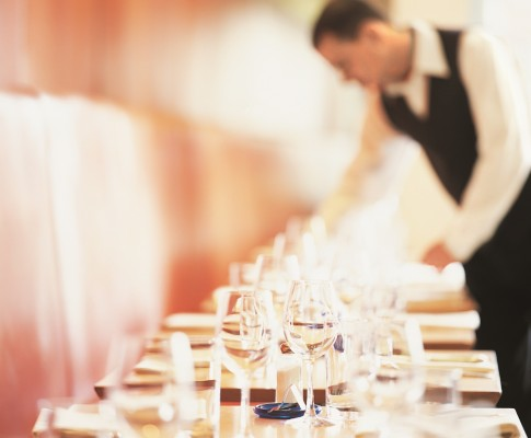 restaurant dv1399021 ThinkStock