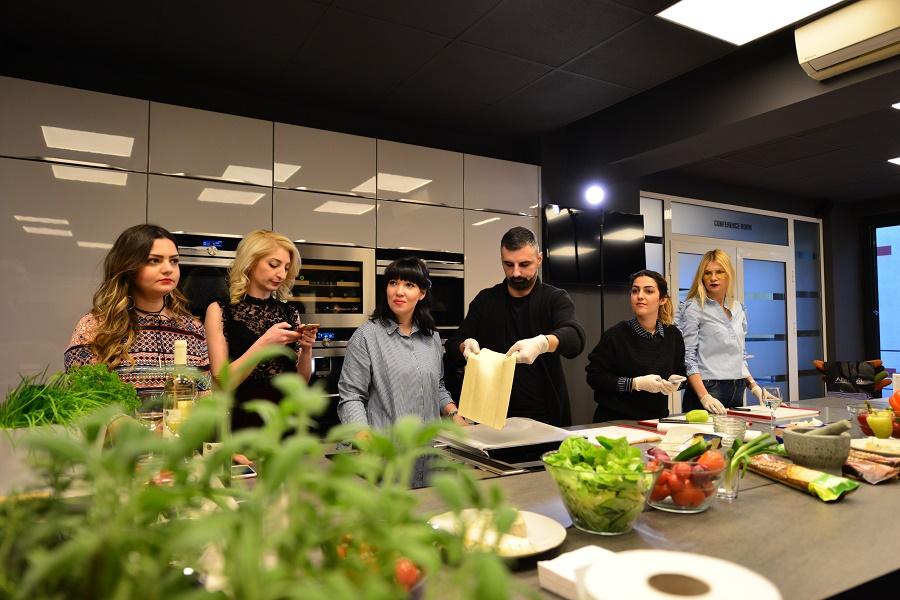 gatitit_in_echipa_food_teambuilding_gabriela