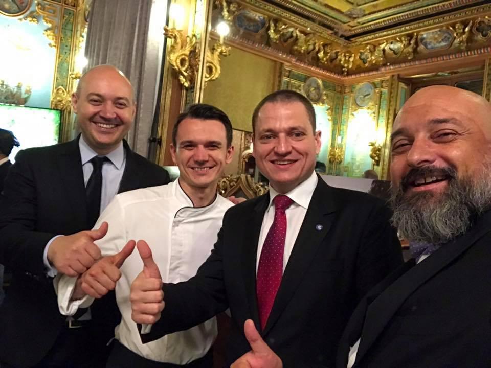Madrid selfie echipa cu ministrul Mircea Titus Dobre
