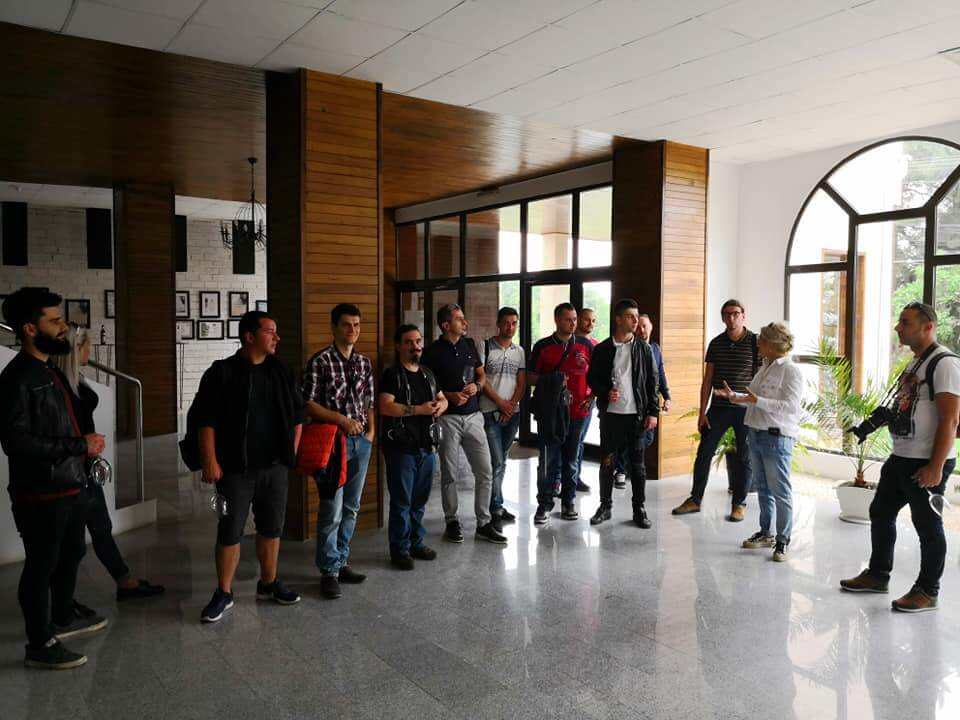 Viitori somelieri OSR in vizita la Tohani Romania