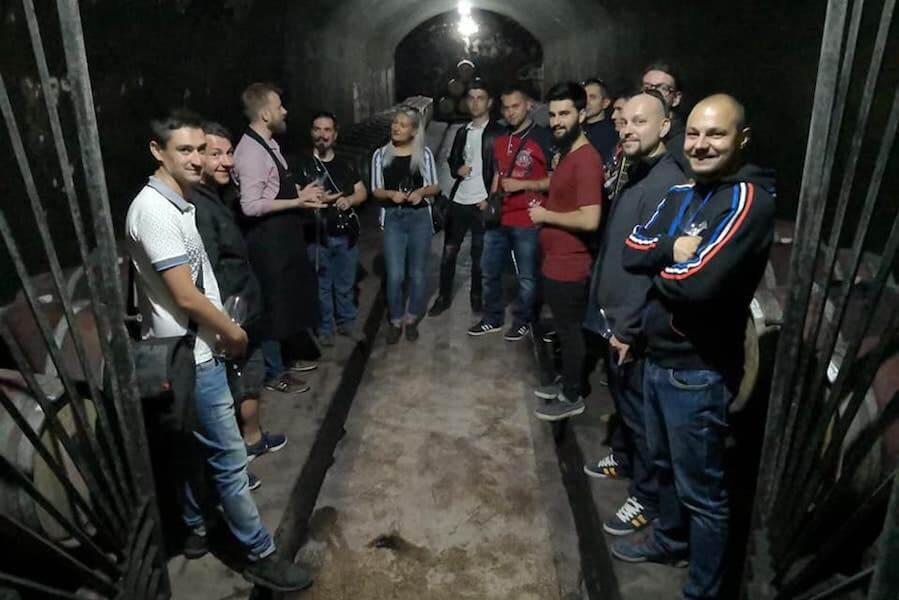 Elevii la cursul de somelieri OSR Cluj au vizitat crame Tohani