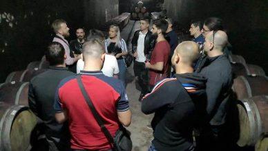 Cursul de somelieri OSR 2011 a inclus vizitarea cramei de la Tohani