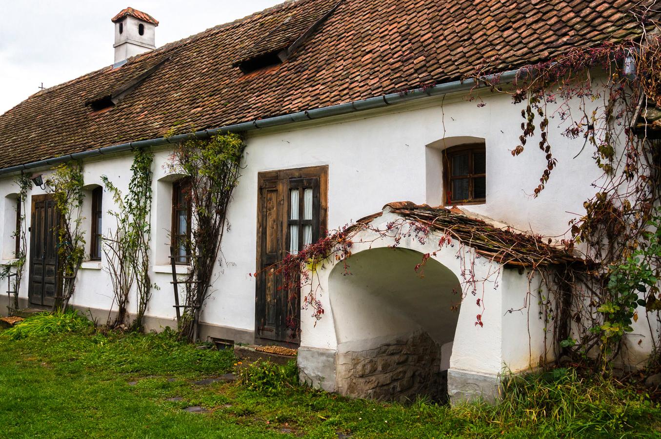 Casele de oaspeţi ale contelui Kalnoky