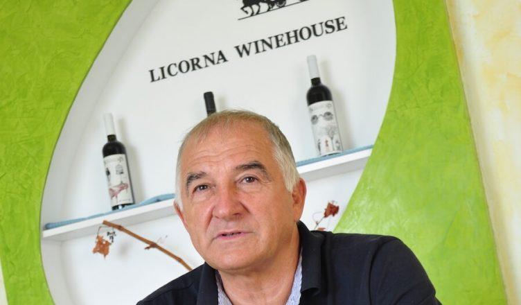 Virgil Harabagiu, proprietarul cramei Licorna Winehouse, este antreprenorul care a pus la dispoziția cramei toate resursele necesare pentru atingerea performanței: dovadă stă medalia de Aur obținută de vinul Bon Viveur roșu 2014 la Decanter World Wine Awards (o premieră românească)
