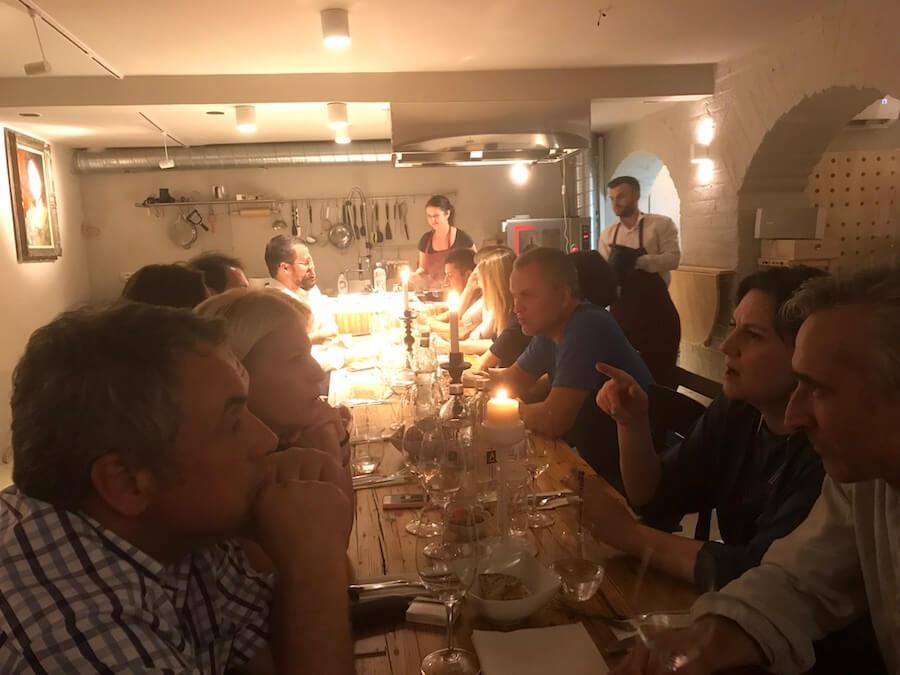Crama Lechburg si-a prezentat vinurile in cadrul unui evenient gastronomic organizat la wine barul Vino din Bucuresti