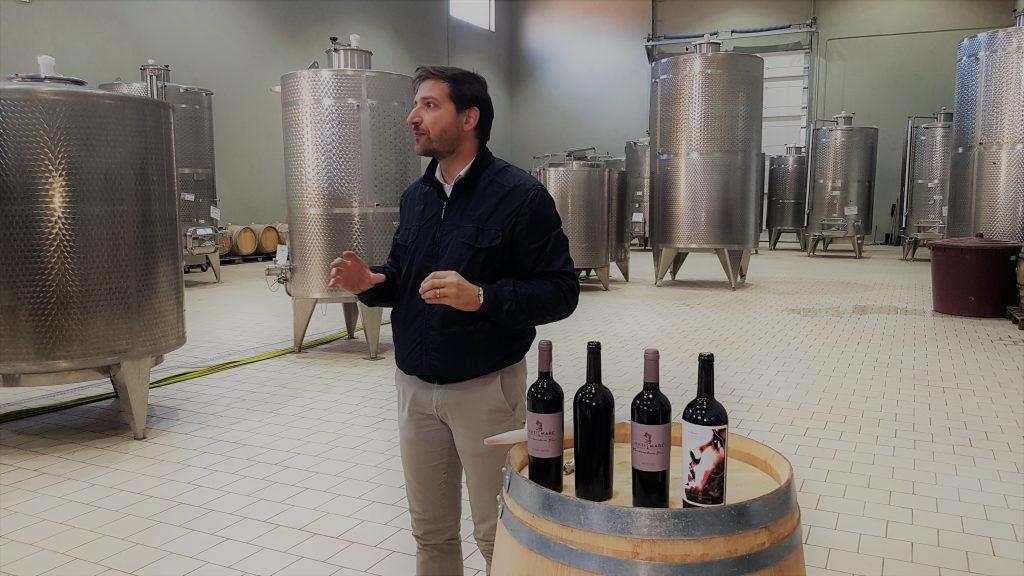Emanule Reolon prezentand vinurile Cramei MaxiMarc