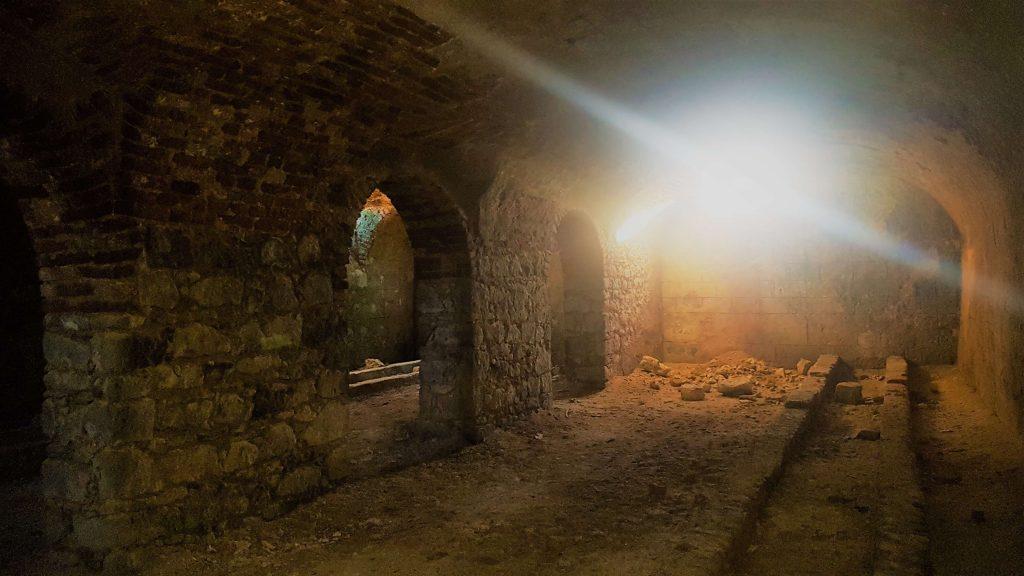 Pivnițele Castelului Ispravnic