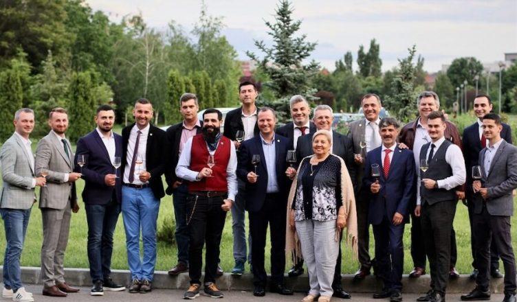 Clubul privat de vin al Asociației Somelierilor din România continuă seria evenimentelor Degustă România