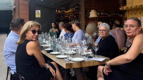La lansare au fost prezenți membri ai comunității Winelover