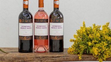 Vinurile Domeniile Prince Matei sunt vinuri moderne și elegante, de consum frecvent, care reflectă experiența mai mare de 20 de ani din spatele brandului și terroir-ul de Dealu Mare (viile sunt amplasate la Zorești, estul arealului, în jud Buzău)