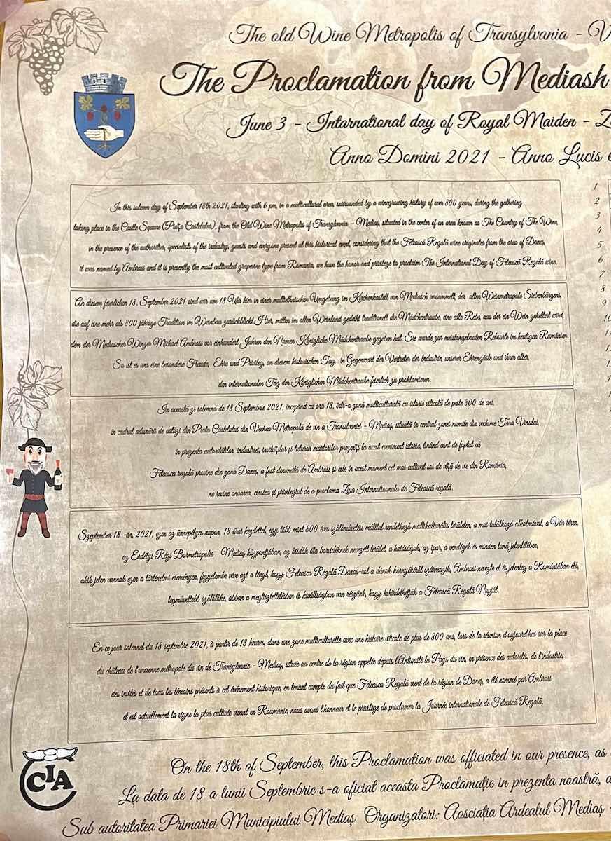 Documentul Proclamației care stabilește data de 3 iunie ca Zi internațională a Feteștii regale a fost contrasemnat de 100 de specialiști, personalități și martori ai evenimentului de la Mediaș